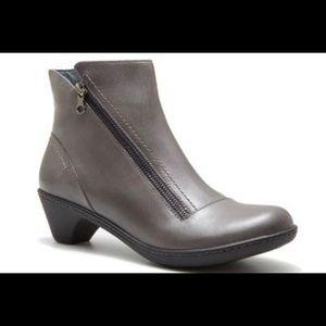 Dansko Billie grey zipper booties 37